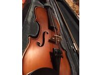 Primavera 200 3/4 size violin in fantastic condition, a well loved instrument.