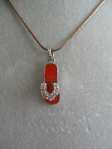 A VERY FINE 16-INCH STERLING SILVER CHAIN with GEMSTONE SLIPPER