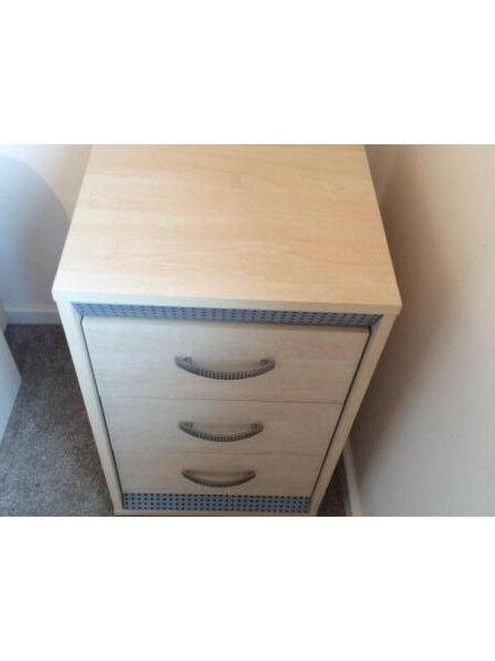 Bedside table (beech effect) with 3 drawers