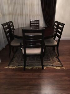 Dining set (Expandable table top) unbelievable Deal... Downtown-West End Greater Vancouver Area image 8