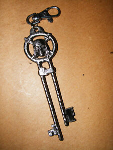 Pirates of Caribbean Key Chain