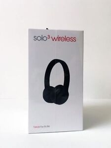Unopened - Beats Solo3 Wireless Headphones (black)