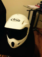 Casque ARAI en bonne condition Medium Head SIZE