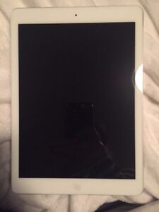 Perfect condition 32GB iPad Air, not even a year old
