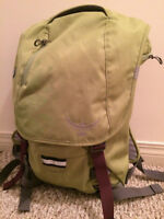 Osprey FlapJill Daypack-2 Available