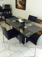 Modern Glass Dining Table + 4 Chairs (like NEW!)