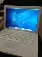 "SELLING APPLE MACBOOK WHITE 13"" Excellent condition"