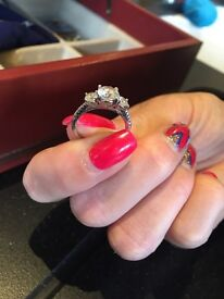 Diamond white gold ring!