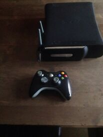 120 GB Xbox 360 console with controller