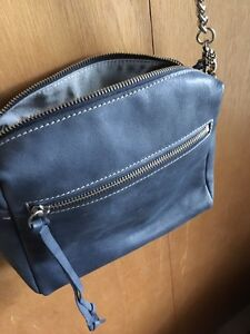 Roots All Day Bag navy tribe leather