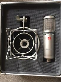 Microphone/ Alesis6 Multi-mixer £200