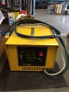 12v 20A Energic Plus Deep Cycle Battery Charger Kawartha Lakes Peterborough Area image 2