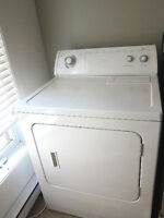 Laveuse + sécheuse Whirlpool Washer & Dryer