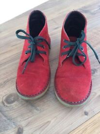 Boys suede boots size 1.5
