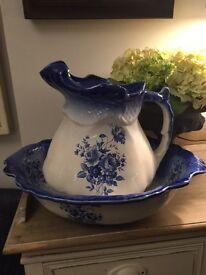 Large Victorian style jug & basin