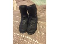WEISE MOTORCYCL BOOTS SIZE 10