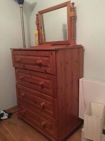 Chest of drawers with separate mirror