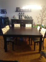 Dinning table set and hutch
