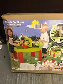Smoby kids garden table.