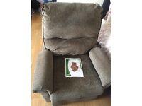 Recliner arm chair