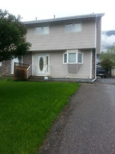 3 bedroom duplex with 22x24 Garage In Sparwood