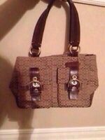 Coach purse for sale !!