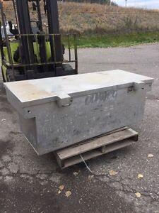 Dry box, fits long box truck Prince George British Columbia image 1
