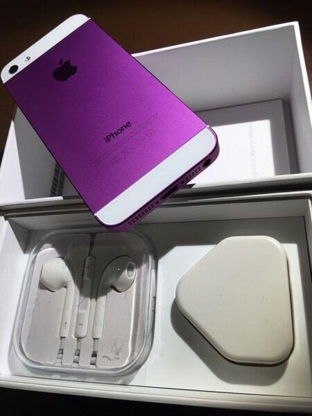 IPHONE 5 purple colour 16gb on Vodafone 😀👍 Mint condition (txt Chris 07462496929)