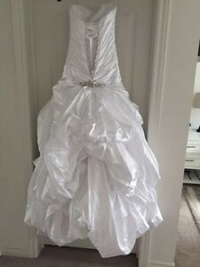 PRICE to sell  **** Maggie Sottero - Nicolette dress style Cambridge Kitchener Area image 2