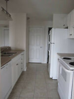 160 McLaughlin ( 1 Bedroom and Den)