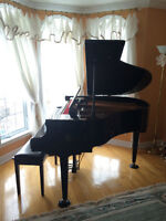 Baby Grand Piano (Samick) with Bench, 4'8'', Black Lacquer