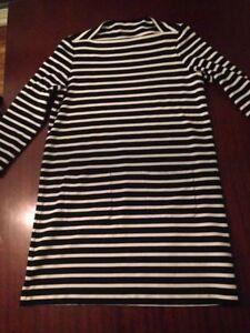 EUC Kate Spade Broome Street Black & White Stripe - Size Large