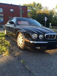 Jaguar xj8 2004  up for trade (pickup ) i am ready to give cash