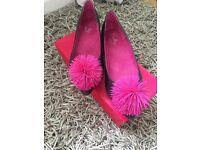 Shelly Pom Pom shoes size 7
