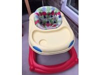 Weina baby walker with removable activity toy
