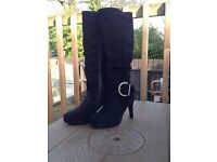 Gorgeous Black Suede Boots size 3 (Brand New)