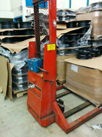 Electric pump truck for sele only $1000