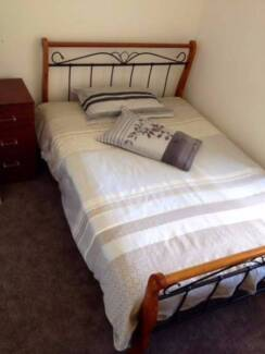 Fully furnished room for rent  in Canningvale