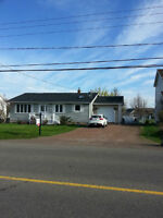 Charming 4bdrm Bungalow with Attached Garage In Dieppe