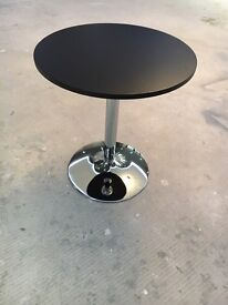 Bar Cafe Bistro Tables
