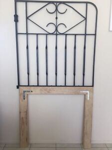 BEDHEAD - Gate Frame/Rustic/Unique Thornton Maitland Area Preview