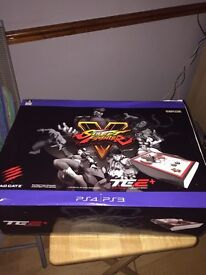 Mad catz street fighter arcade fight stick for PS3 & PS4