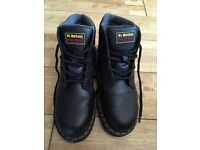Brand new Dr martins size 7