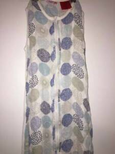 Plum baby sleep bag, 6 to 18 months - 0.5 tog barely used