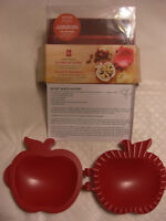Mini Apple Pie Maker *NEW*