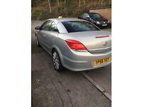 Vauxhall Astra Twintop Design 1.9 CDti (150)