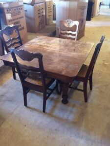 Antique table & chairs London Ontario image 1