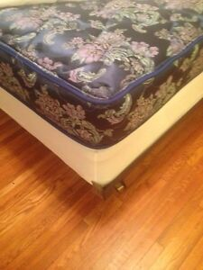 Queen mattress set with metal frame Cornwall Ontario image 1