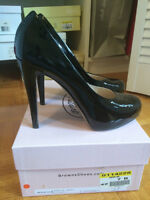 Authentic Browns Couture Black Patent Leather Pumps - Size 7