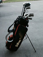 Wilson's Men's complete set of righted handed golf clubs